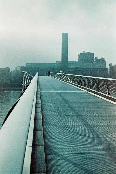 Tate & Bridge 03 Metropolis