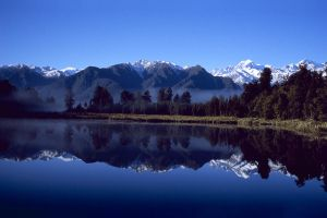 c49-NZLakeMatheson.jpg