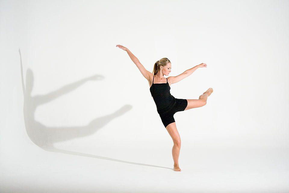dancer02.jpg