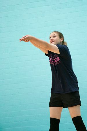 Volleyball_set2_f2.jpg