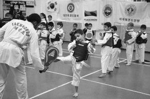 PaulaSmith_Taekwondo_03.jpg