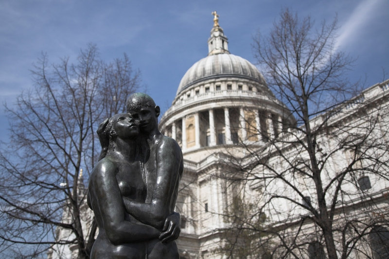 St Paul's Lovers