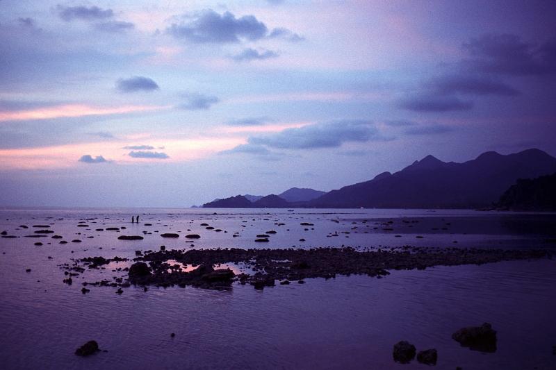 Koh Chang at sunset, April 2006